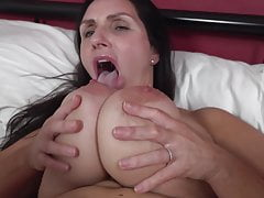 Mature mother with big saggy tits and hot body