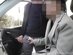 Dogging my wife in public car park and she jerks off a voyeur
